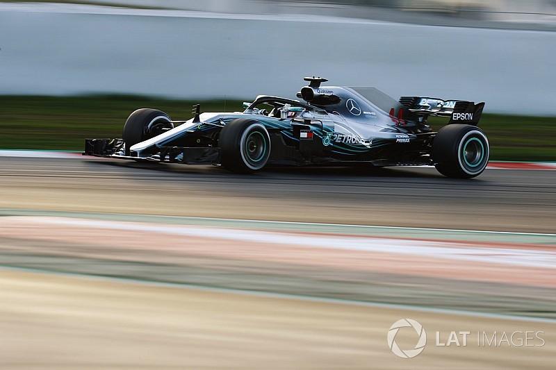 Феттель объяснил, почему строить догадки о темпе Mercedes рано