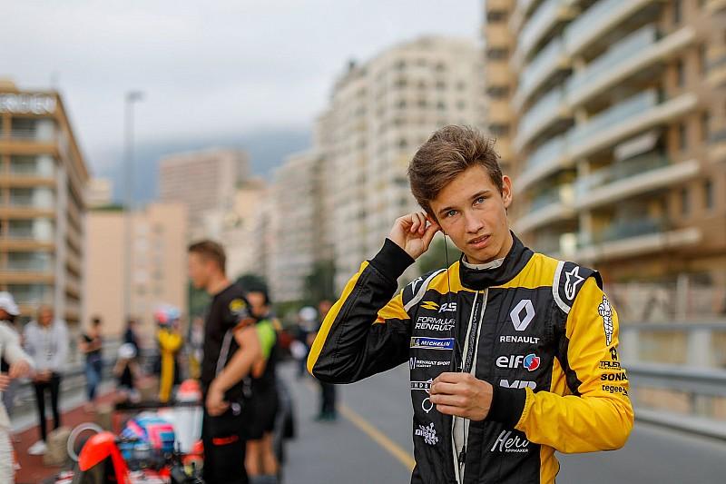 Renault junior Lundgaard replaces Palmer at MP