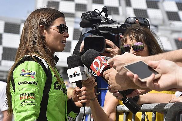 IndyCar Últimas notícias Danica deixa escapar equipe pela qual correrá Indy 500