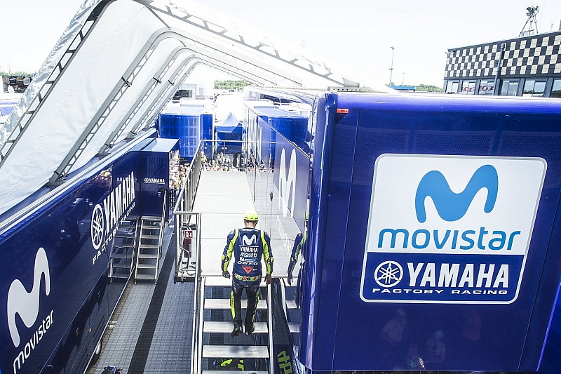 Monster akan gantikan Movistar sebagai sponsor utama Yamaha