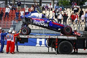 Формула 1 Самое интересное Видео: Хартли разбивает машину, а потом она разваливается