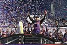 Denny Hamlin wins first Daytona 500 in spectacular photo finish