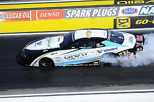 NHRA Race report 17-yr-old rookie Gray conquers Vegas, along with Brown, Johnson