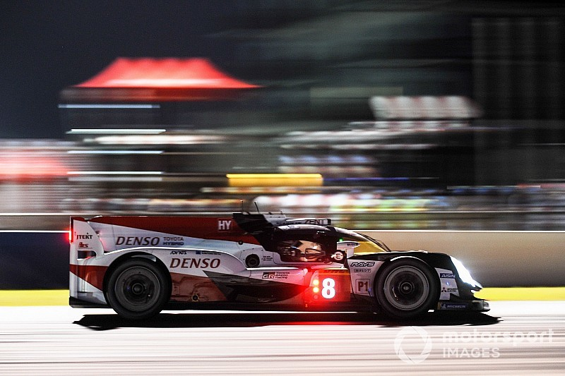 Sebring WEC: #8 Toyota holds narrow lead at halfway