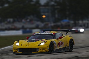 Corvette falls short at Sebring after strategy gamble