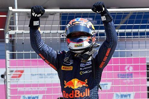 Hauger a tegnapi pole után az első F3-as futamot is megnyerte, Tóth végül a 19. lett