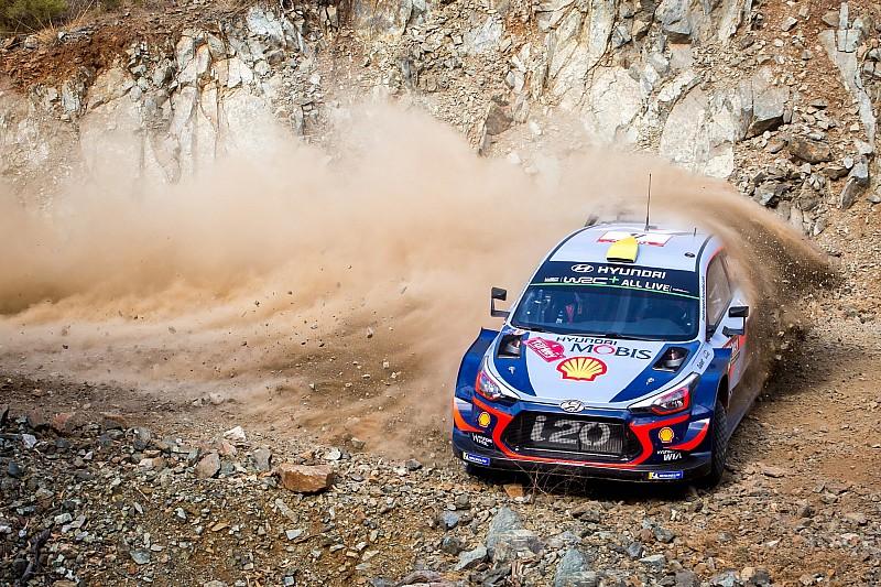 Turkey WRC: Mikkelsen leads Breen on Friday morning