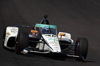 A Renault-főnök alig kap levegőt Alonsót figyelve