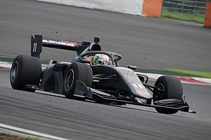 Musim depan, Super Formula resmi gunakan halo