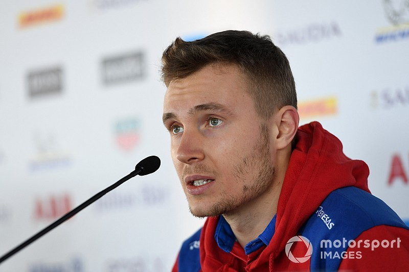 Sirotkin replaces Isaakyan in SMP LMP1 squad