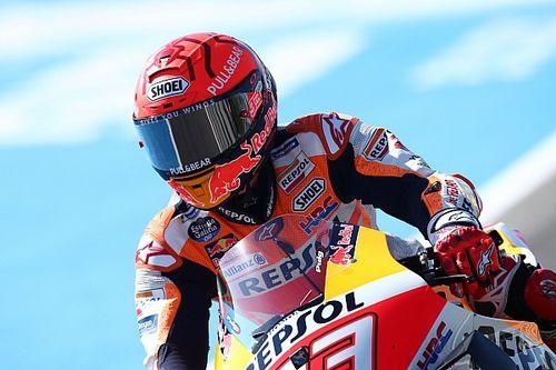 Marquez óriási bukást úszott meg épp bőrrel, Nakagami a leggyorsabb az időmérő előtt