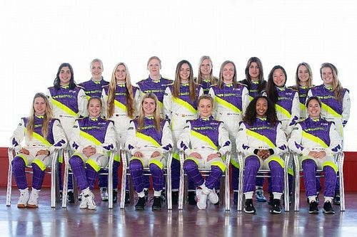 W Series reveals 18-driver grid for inaugural season