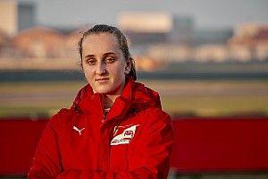 Maya Weug, nouvelle membre de l'académie Ferrari!