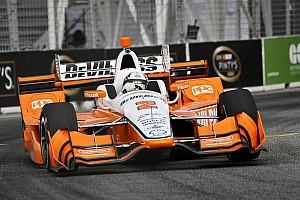 IndyCar Отчет о гонке Ньюгарден выиграл гонку IndyCar в Торонто