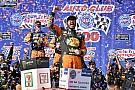 NASCAR Cup Dominante, Truex Jr. volta a vencer na NASCAR