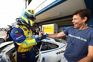 Porsche Relato de classificação Ricardo Baptista e Thiago Camilo conquistam pole em Goiânia