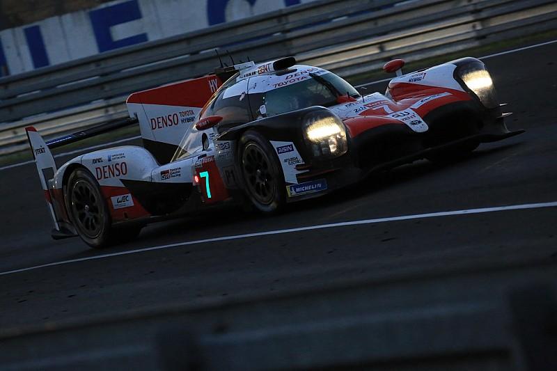 Le Mans 24 Saat - 11. Saat: #7 Toyota, farkı açmaya devam ediyor