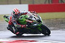 Superbikes WSBK Donington: Rea aan kop op regenachtige vrijdag