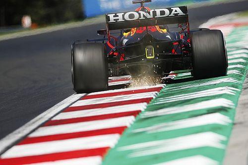 """Mercedes s'étonne du choix d'aileron """"étrange"""" de Red Bull"""