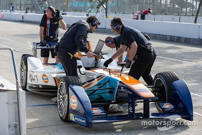 Da Costa stripped of Long Beach pole position