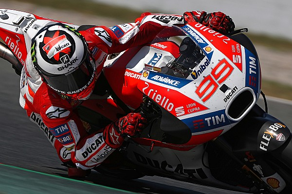 "MotoGP Lorenzo says revised Barcelona layout ""made for Honda"""