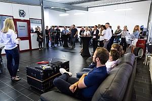 eSports Ultime notizie Dario Pergolini lancia... un'accademia per i piloti del futuro