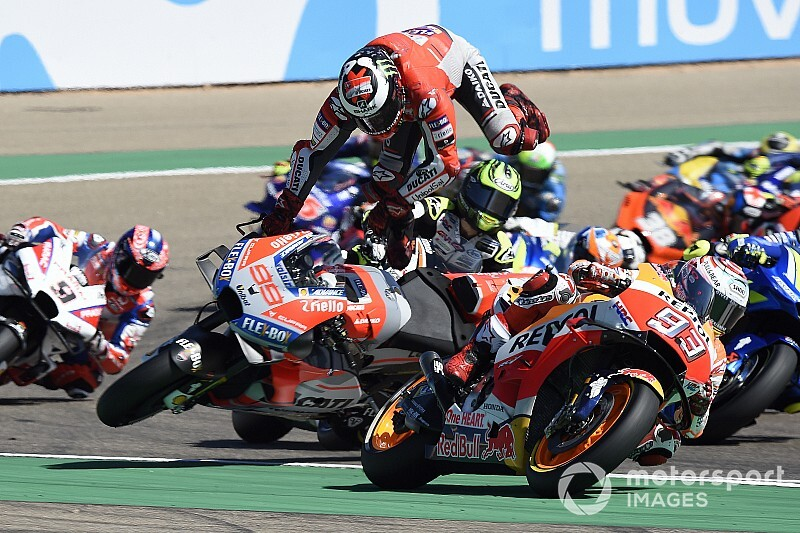 Лоренсо: Маркес зруйнував мою гонку та ногу