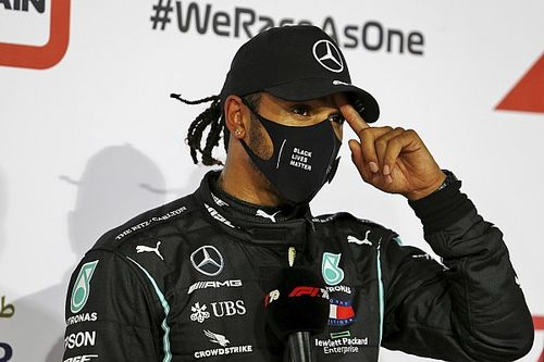 Mercedes не дала Хэмилтону право вето на напарников. Нового пилота уже выбрали