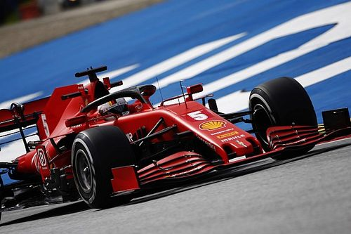 """Vettel: """"Ci manca aderenza e carico aerodinamico"""""""