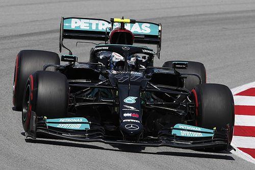 Bottas se lleva la FP1 en España por 0s033 sobre Verstappen y Pérez es 9°