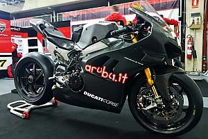 Ducati: primi giri di pista ufficiali per la Panigale V4 nei test Superbike di Aragon!