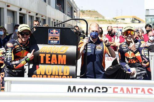 Red Bull KTM Ajo Sapu Bersih Gelar Juara Dunia Tim Moto2-Moto3