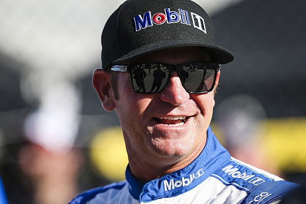 NASCAR Cup Bowyer takes Open pole over Blaney