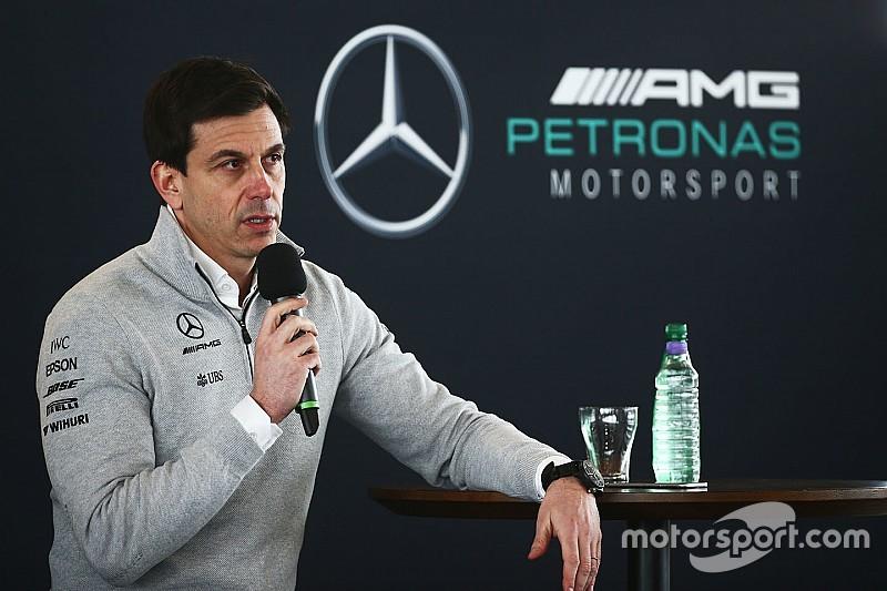 Після тестів Ф1 у Mercedes побоюються Ferrari