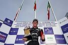 Mattia Drudi sul gradino più alto del podio di Gara 2 nella Carrera Cup Italia