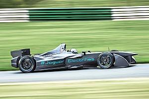 Formula E Breaking news Jaguar mengatasi masalah mobil sementara tes Formula E berlanjut