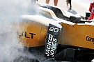 Первая тренировка остановлена из-за возгорания Renault Магнуссена