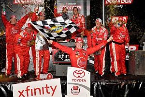 NASCAR XFINITY Relato da corrida Bell segura Gragson no fim e leva a melhor em Richmond