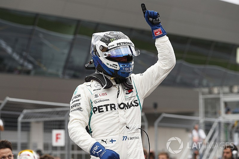Austrian GP: Bottas beats Hamilton to pole by 0.019s
