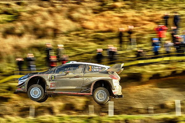 Wales WRC: Evans stretches lead to almost 50 seconds