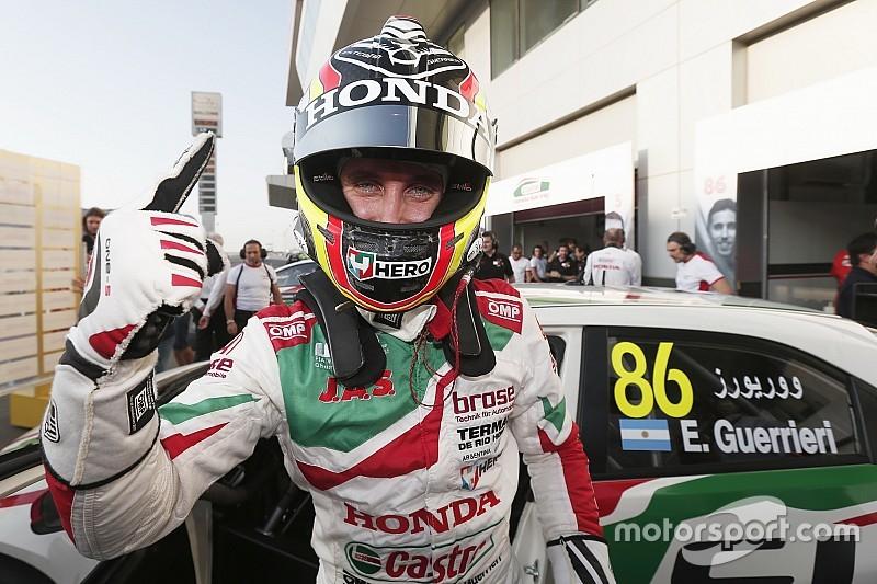 Qatar WTCC: Guerrieri takes pole, Michelisz in trouble