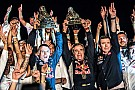 Fotogallery: Sainz e Peugeot festeggiano la vittoria alla Dakar 2018