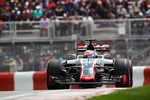FP2 – Inside the Haas F1 Team garages