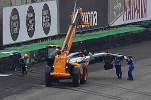 Formula 1 Breaking news Hamilton kecelakaan, tereliminasi dari Q1 GP Brasil