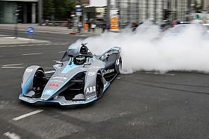 Bildergalerie: Nico Rosberg im Formel-E-Auto