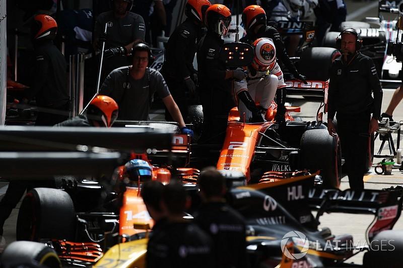 "Alonso, Britanya GP'sinin ""kaotik"" geçmesini umuyor"