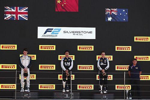 Zhou se lleva la victoria delante de Ticktum en F2