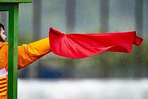 MotoGP-race Valencia gestaakt vanwege hevige regenval