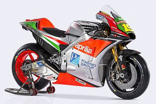"Aprilia unveils ""entirely redesigned"" 2016 MotoGP bike"