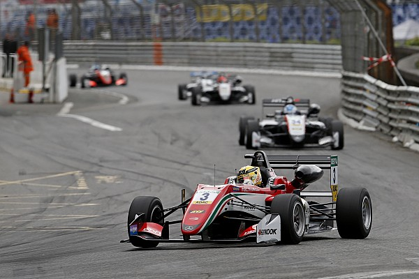 Pau F3: Norris crash hands second victory to Gunther
